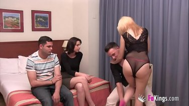 Tanned young minx Cipriana fucks herself in the bathroom