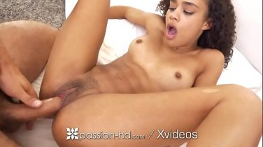Dad looks like his daughter gets anal creampie